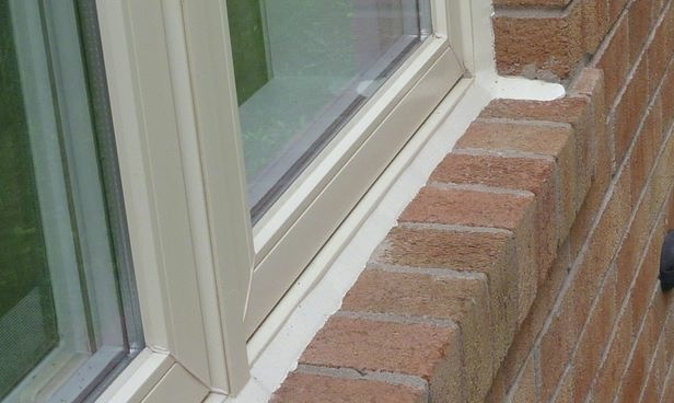 Window caulking window fix window glass repair window repair gta for Best exterior caulk for windows